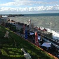 11/9/2012 tarihinde Ercan B.ziyaretçi tarafından Kamelya Restaurant'de çekilen fotoğraf