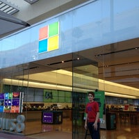 Photo taken at Microsoft Store by Antonio N. on 6/24/2013