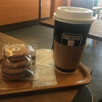 Photo taken at SQUARE Cafe (スクエアカフェ) 蔵前店 by Elisavet M. on 9/16/2017