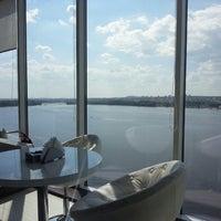 Снимок сделан в Sky lounge (WeekEnd, Небо) пользователем kovigmi 7/4/2013