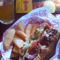 Photo taken at Red Robin Gourmet Burgers by Shahensha R. on 11/16/2012