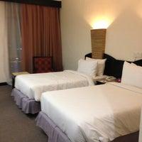 Photo taken at WANA Riverside Hotel Malacca by Teety on 11/28/2012