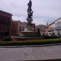Foto tomada en Plaza de La Paz por Albie R. el 3/10/2013