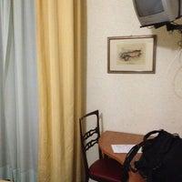 Foto scattata a Albergo Villa Kinzica da Montri T. il 12/28/2012