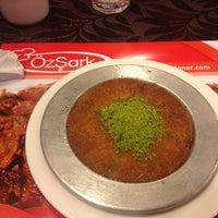 Photo taken at Özşark Kebap Salonu by 🇹🇷EMİN. VATANKORUYAN🇹🇷 B. on 12/5/2012