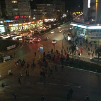 Foto tirada no(a) 15 Temmuz Demokrasi Meydanı por 🇹🇷EMİN .VATANKORUYAN 🇹🇷 B. em 3/14/2013