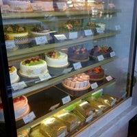 12/30/2012 tarihinde meng J.ziyaretçi tarafından Fay Da Bakery'de çekilen fotoğraf