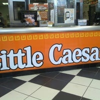 Photo taken at Little Caesars Pizza by Charly W. on 3/26/2013