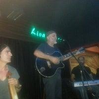 9/29/2012 tarihinde Hakan Y.ziyaretçi tarafından Livane Cafe & Bar'de çekilen fotoğraf