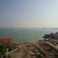 Photo taken at Rooms 1429 & 1430 - Bayview Hotel Georgetown Penang by Kenny K. on 2/16/2014
