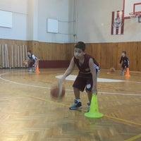 Photo taken at Üsküdar Beşiktaş Basketbol Okulu by Murat C. on 9/27/2014