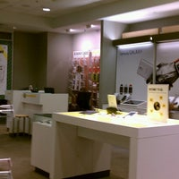 Photo taken at Sprint Store by Nilo P. on 11/22/2013