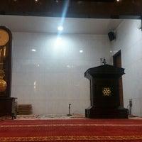 Photo taken at Masjid Imam Bonjol by pambudi on 2/2/2016