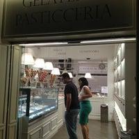 Photo taken at Gelateria Artigianale Pasticceria Il Cantagalli by Javi F. on 8/27/2013