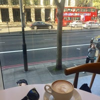 Photo taken at Wellcome Café (Benugo) by Kate J. on 4/9/2017