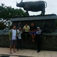 Photo prise au Alun Alun Pandeglang par Guntur B. le12/2/2014