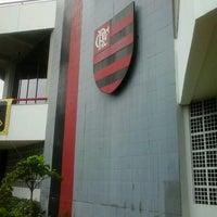 Photo taken at Clube de Regatas do Flamengo by Thifani S. on 1/11/2013