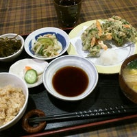 Photo taken at 野菜食堂 みさと屋 by にしむら on 12/4/2015