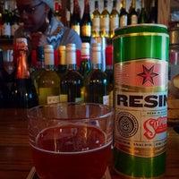 Photo prise au Sayra's Wine Bar par Jaime B. le1/24/2016