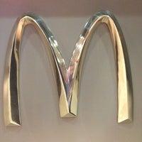 Снимок сделан в McDonald's пользователем Марина🎀 12/9/2012