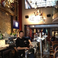 Foto scattata a Hard Rock Cafe Brussels da Vince il 10/2/2012
