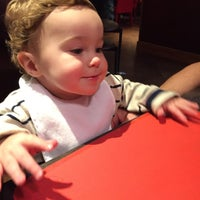 Photo taken at Red Robin Gourmet Burgers by Elizabeth M. on 10/23/2015