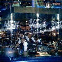 Foto diambil di Nona Blue Modern Tavern oleh Brent V. pada 3/13/2013