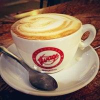 10/4/2012 tarihinde Danielziyaretçi tarafından Espresso Vivace'de çekilen fotoğraf