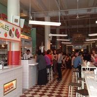 Photo taken at Tacombi Café El Presidente by yongmin on 5/10/2014