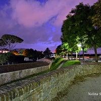 Foto scattata a Le Mura di Lucca da 👿👿👿Jocker il 2/25/2013