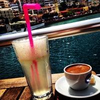 Foto tirada no(a) Cafe Port Bistro por Berna T. em 4/20/2014