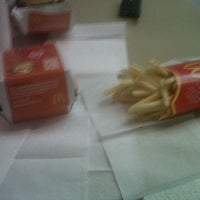 Photo taken at McDonald's by Lautaro V. on 9/17/2012