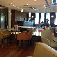 Photo taken at Starbucks by Manea on 11/12/2012