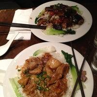 รูปภาพถ่ายที่ Baozi Inn โดย Sara B. เมื่อ 11/10/2012
