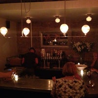 Foto scattata a Pocket Bar NYC da David J. N. il 8/19/2014