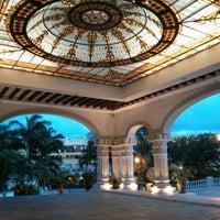 Photo taken at The Royal Resort by Benjamín R. on 6/25/2013