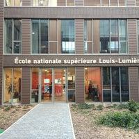 Das Foto wurde bei Cité du Cinéma von Lydie D. am 4/15/2013 aufgenommen