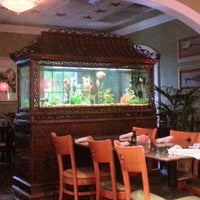 Photo taken at Hollywood Vietnamese & Chinese Cuisine by Maxx D. on 11/2/2012
