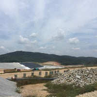 Photo taken at Bukit Tagar Sanitary Landfill by Suhaida K. on 5/23/2017