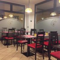 Photo taken at Pizzeria San Giorgio by Kelvin D. on 12/29/2013