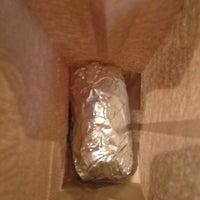Foto tomada en Chipotle Mexican Grill por Ben el 10/3/2012