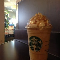 Photo taken at Starbucks by Meso on 4/20/2013