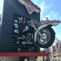 Photo taken at Las Vegas Harley-Davidson by Milan on 8/1/2013