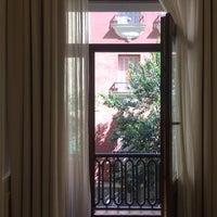 Photo taken at H10 Villa de La Reina by Nastine on 9/5/2017