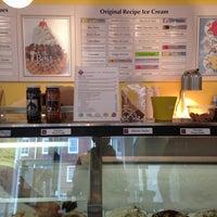Photo taken at Kilwins Chocolates & Ice Cream by Yosef Y. on 8/18/2013
