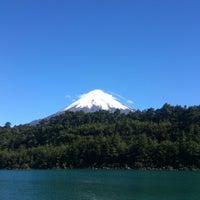 Foto tomada en Lago Todos Los Santos por Pablo T. el 3/13/2013