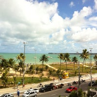 Das Foto wurde bei Atlântico Praia Hotel von Tatiane A. am 1/7/2013 aufgenommen