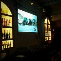 รูปภาพถ่ายที่ Hoppipola - All Day Bar & Bonhomie โดย Smriti A. เมื่อ 8/3/2013
