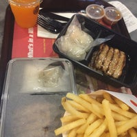 Photo taken at Burger King by Mmhew T. on 6/12/2016
