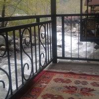4/7/2013 tarihinde Ali R K.ziyaretçi tarafından Derekızık Piknik Alanı ve Aile Çay Bahçesi'de çekilen fotoğraf